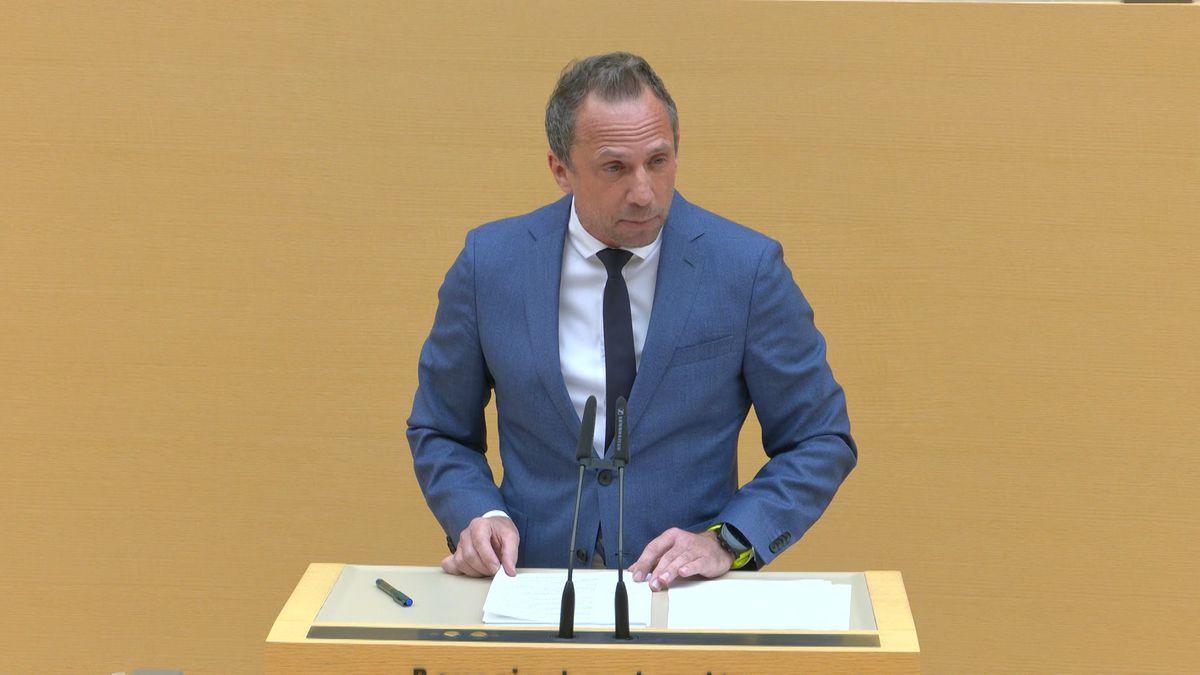 Bayerns Umweltminister Thorsten Glauber (Freie Wähler)