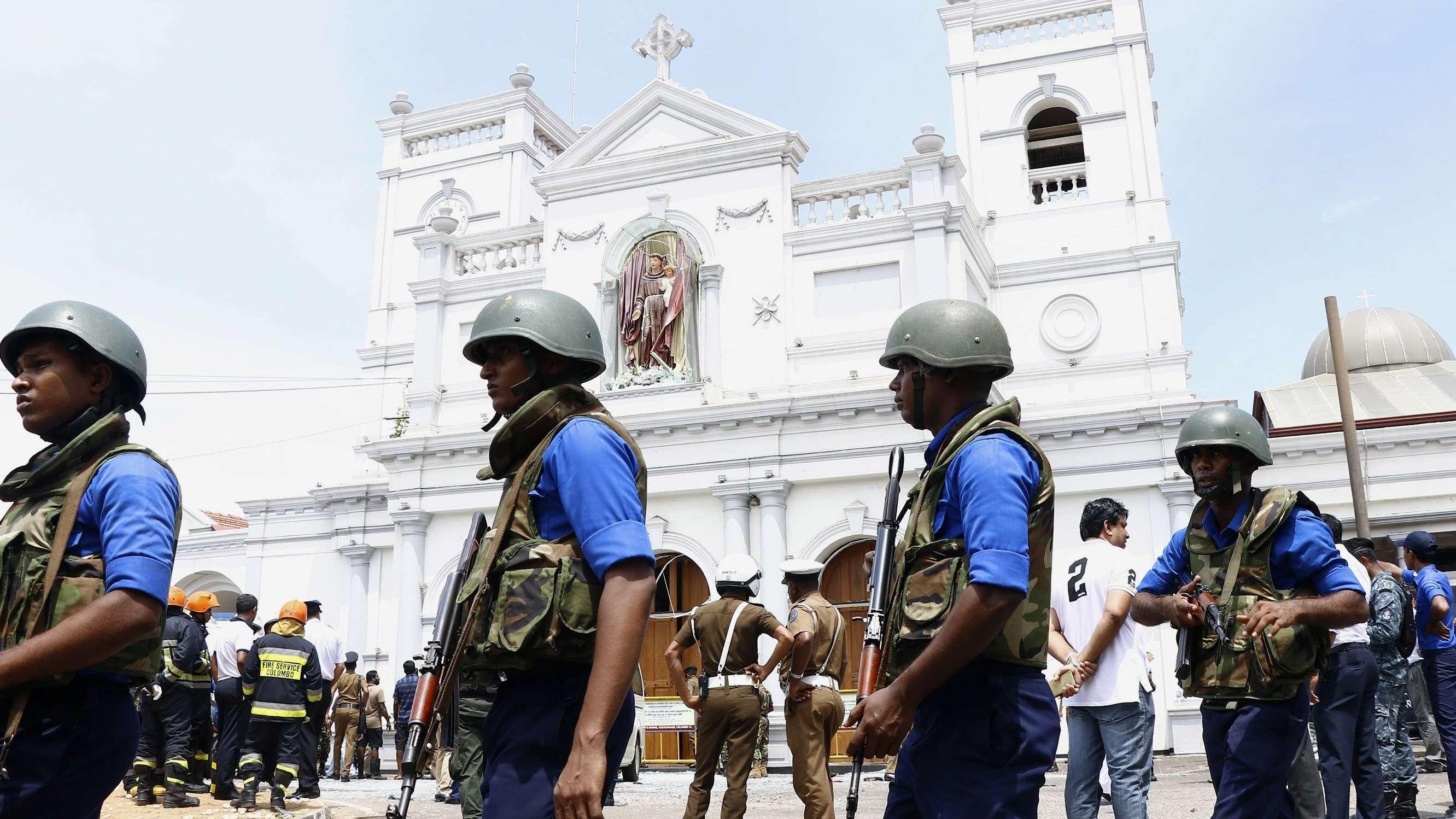 Polizeiabsperrung vor einer Kirche in Colombo