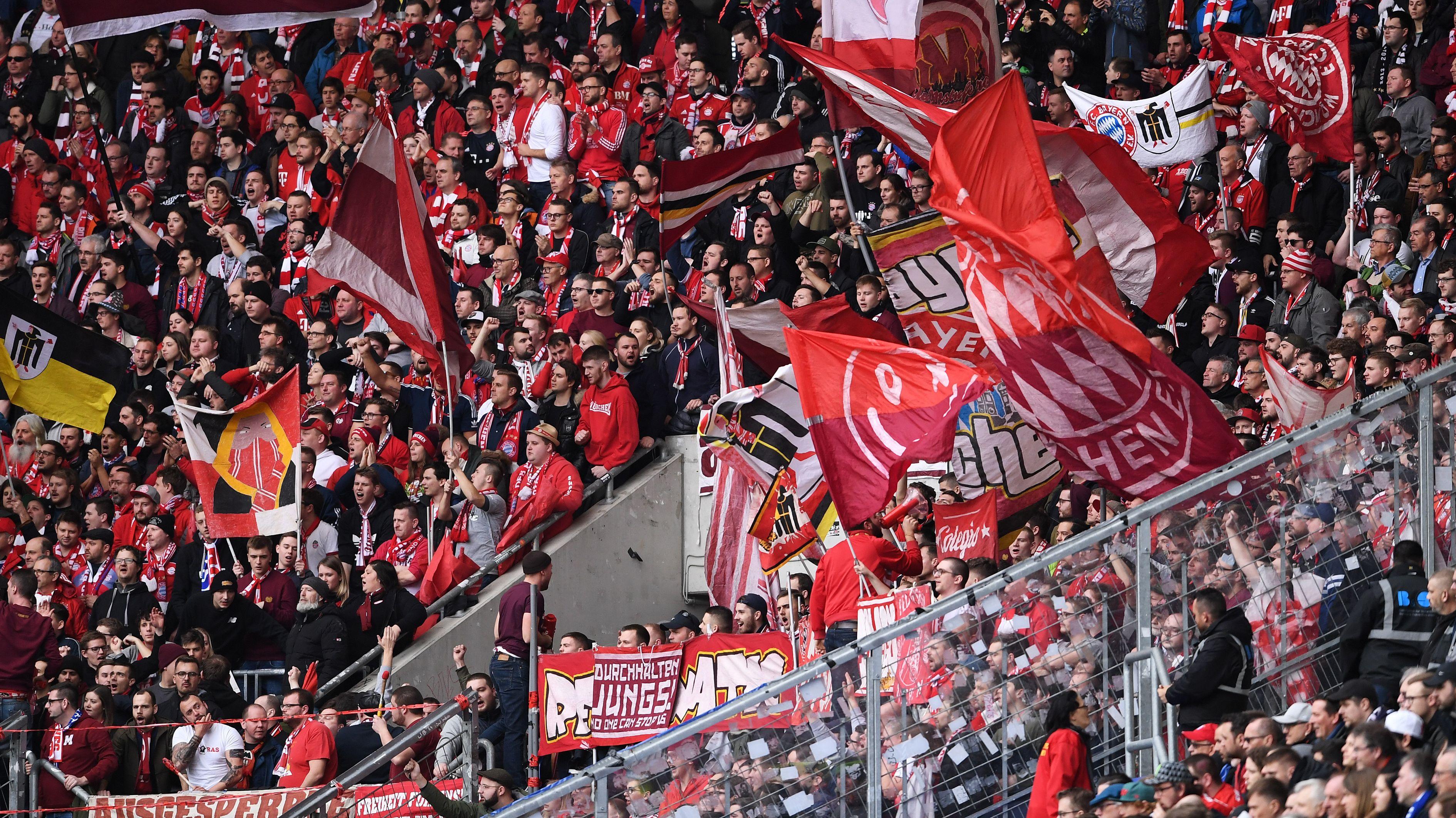 Im bayerischen Derby im Fokus: die Bayern-Fans.