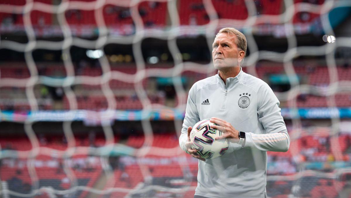 Andreas Köpke im EM-Achtelfinale 2021 im Londoner Wembley-Stadion