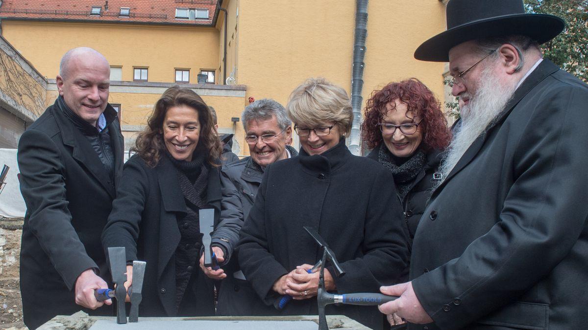 Grundsteinlegung für die neue Regensburger Synagoge 2016