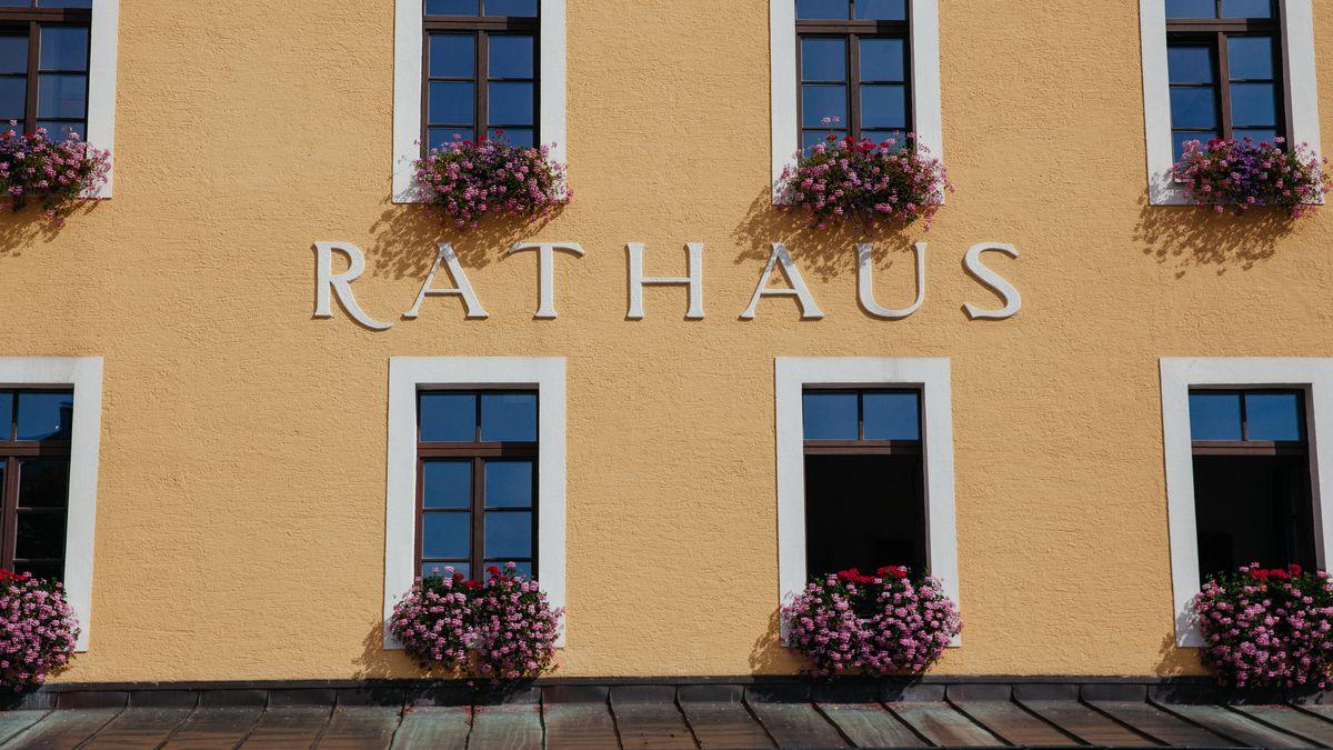 Fassade des Rathauses in Berchtesgaden