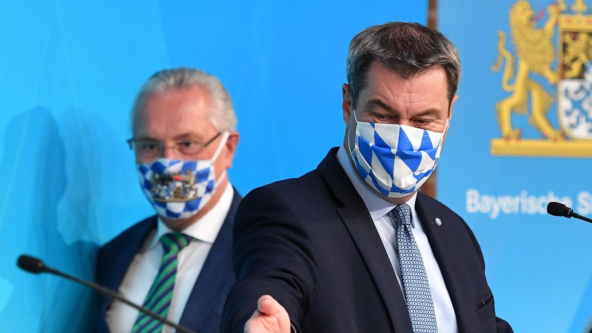 Bayerns Innenminister Joachim Herrmann und Ministerpräsident Markus Söder