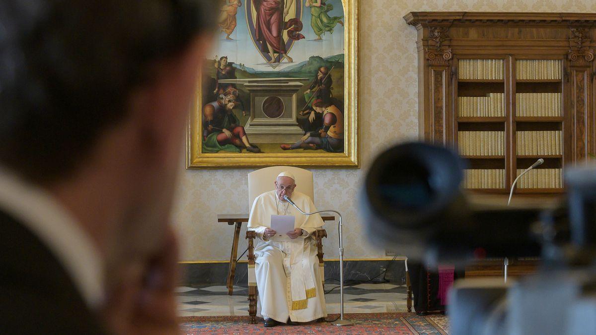 Papst Franziskus hält virtuelle Generalaudienz ab