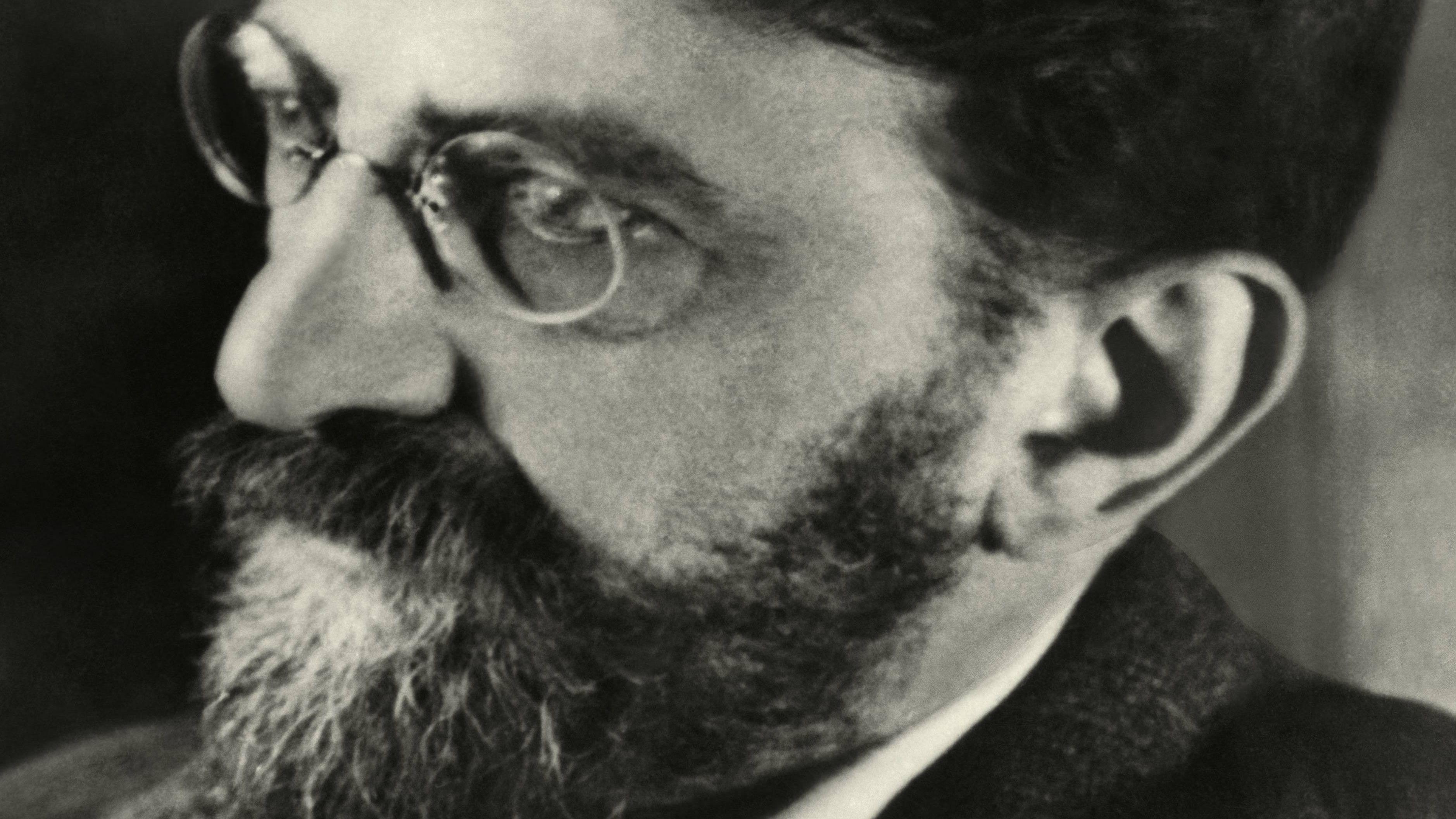 Porträt Erich Mühsam mit Brille und Bart
