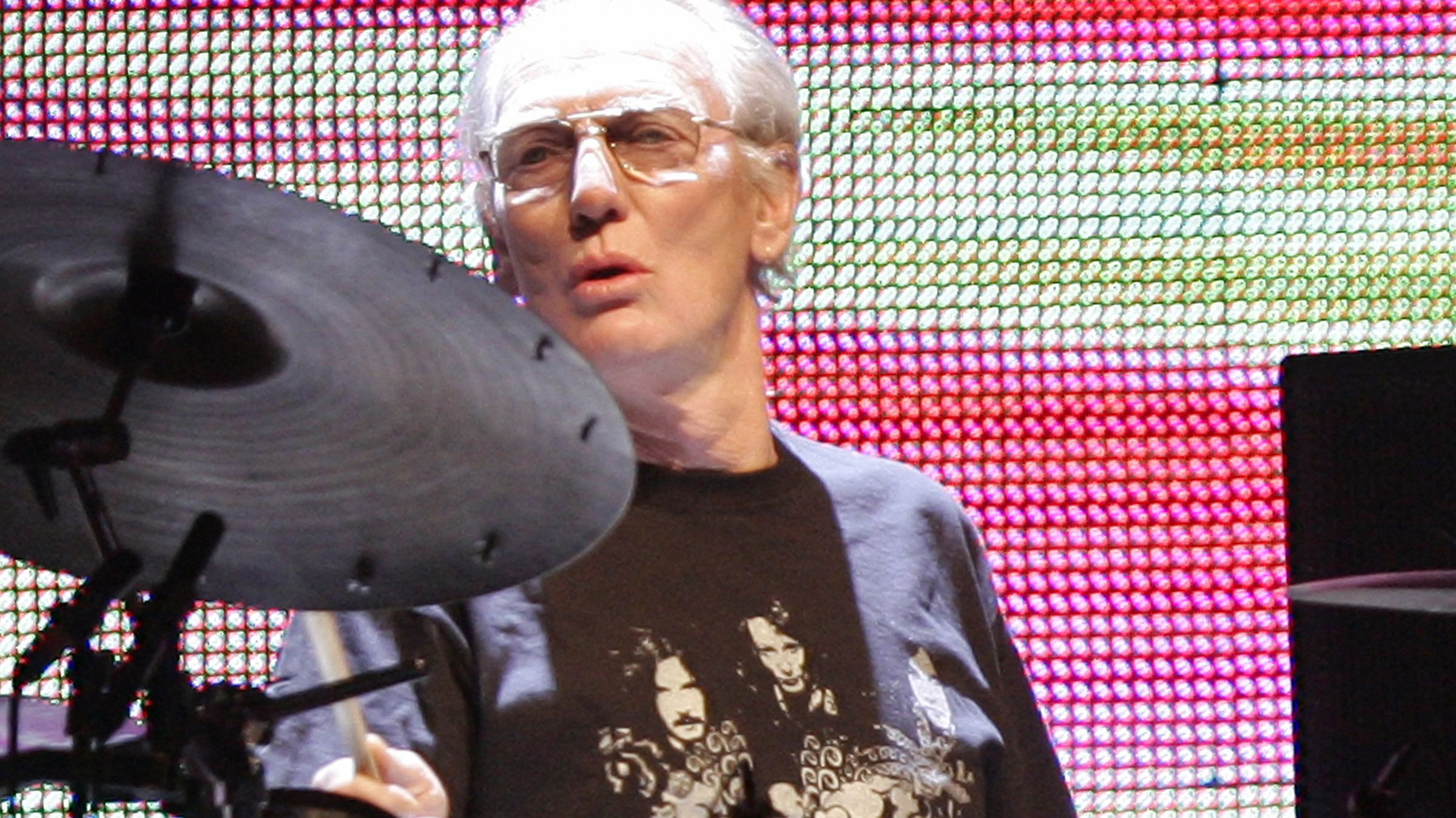 Ginger Baker bei einem Reunion-Konzert von Cream am 26. Oktober 2005 im Madison Square Garden in New York.