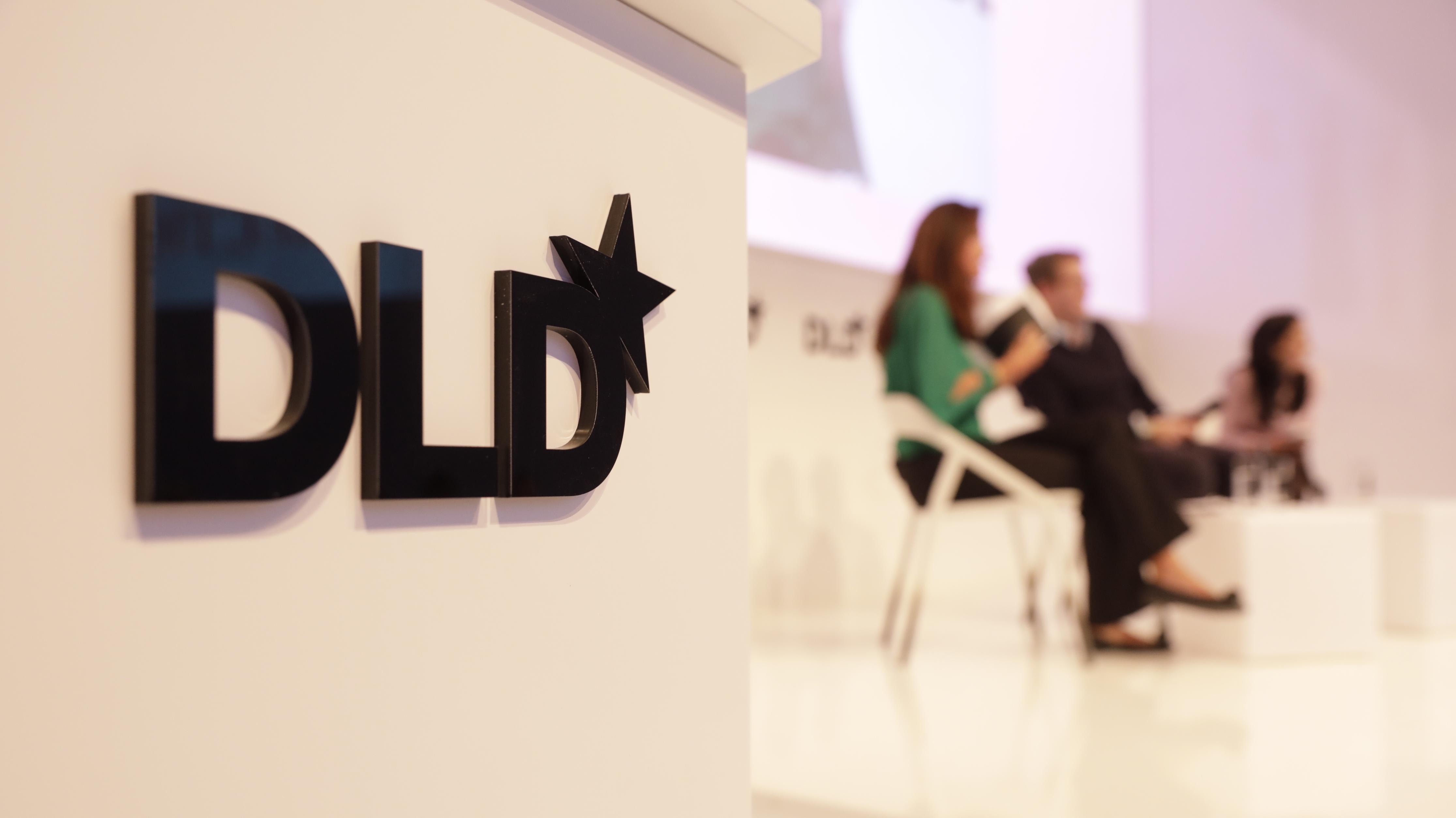 DLD Logo und Panel
