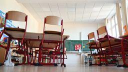 Leeres Klassenzimmer | Bild:dpa-Bildfunk