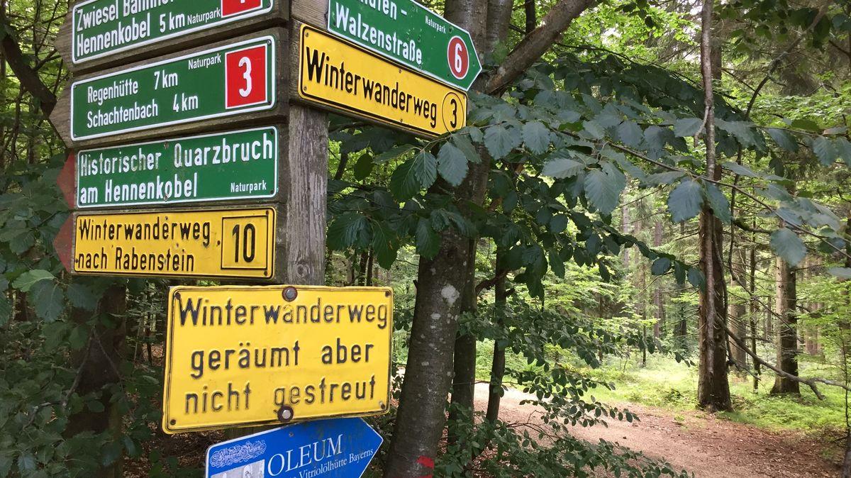 Viele ausgeschilderte Wanderwege im Bayerischen Wald