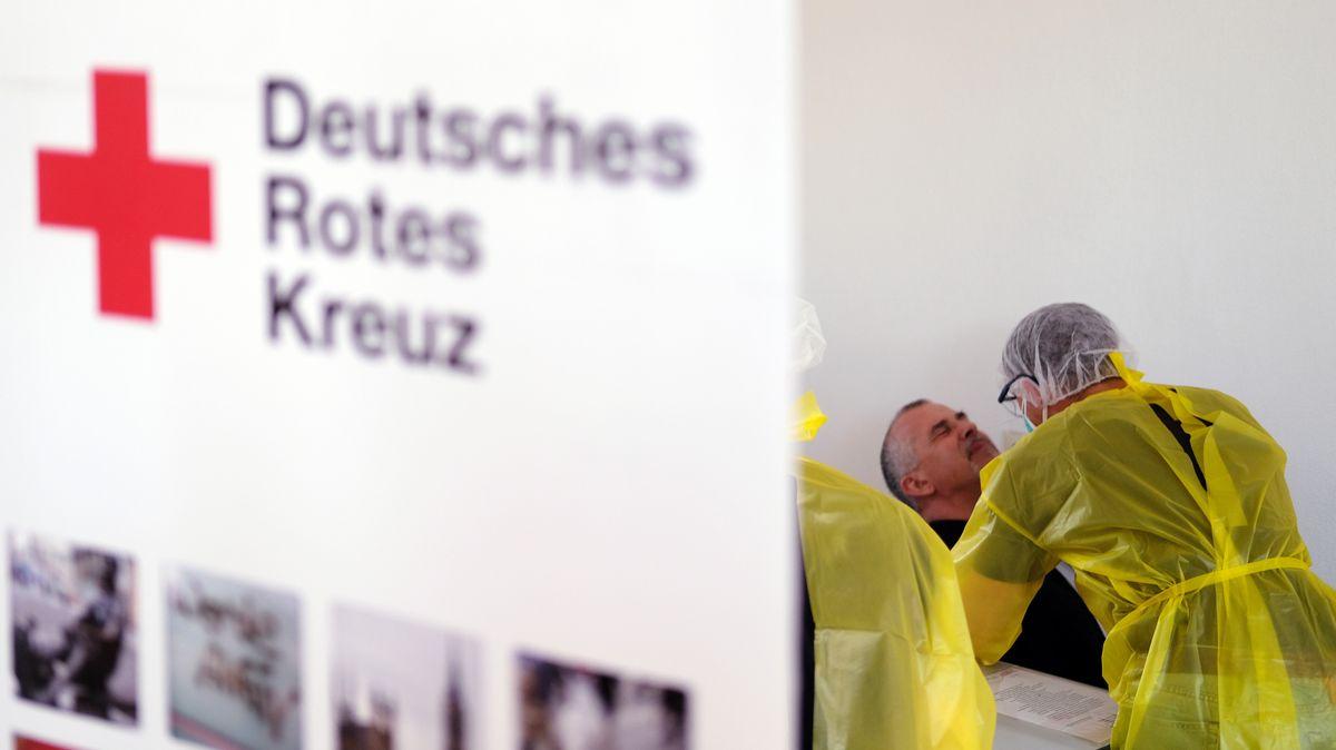 Das Deutsche Rote Kreuz (DRK) hat vom Bund ein Sofortprogramm für den Bevölkerungsschutz gefordert.