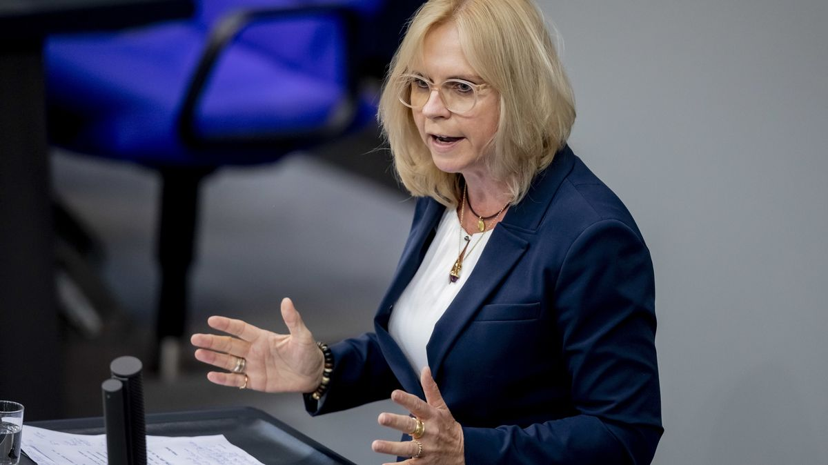 Andrea Lindholz, CSU-Bundestagsabgeordete aus Goldbach (Lkr. Aschaffenburg)