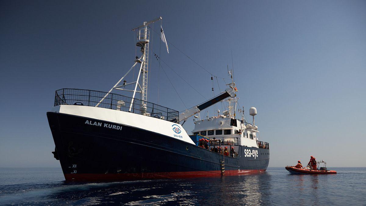 """Das Schiff """"Alan Kurdi"""" wird seit 2018 von der Hilfsorganisation Sea-Eye zur Seenotrettung eingesetzt."""