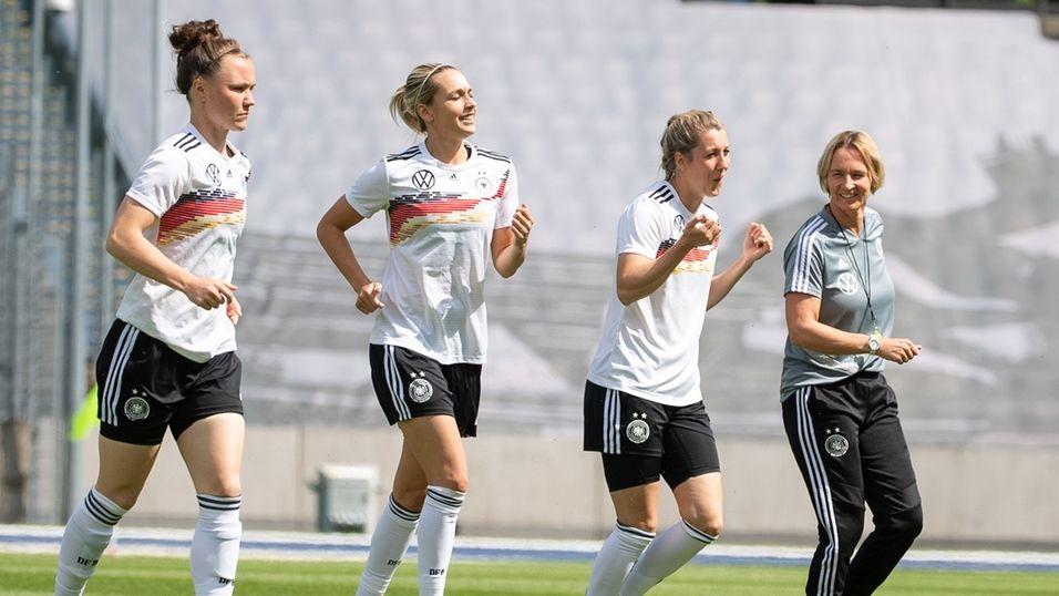 Frauenfußball-WM - Abschlusstraining Deutschland
