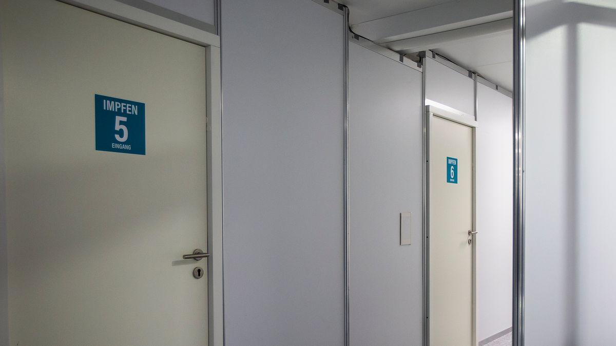 Ein bayerisches Impfzentrum (Symbolbild)