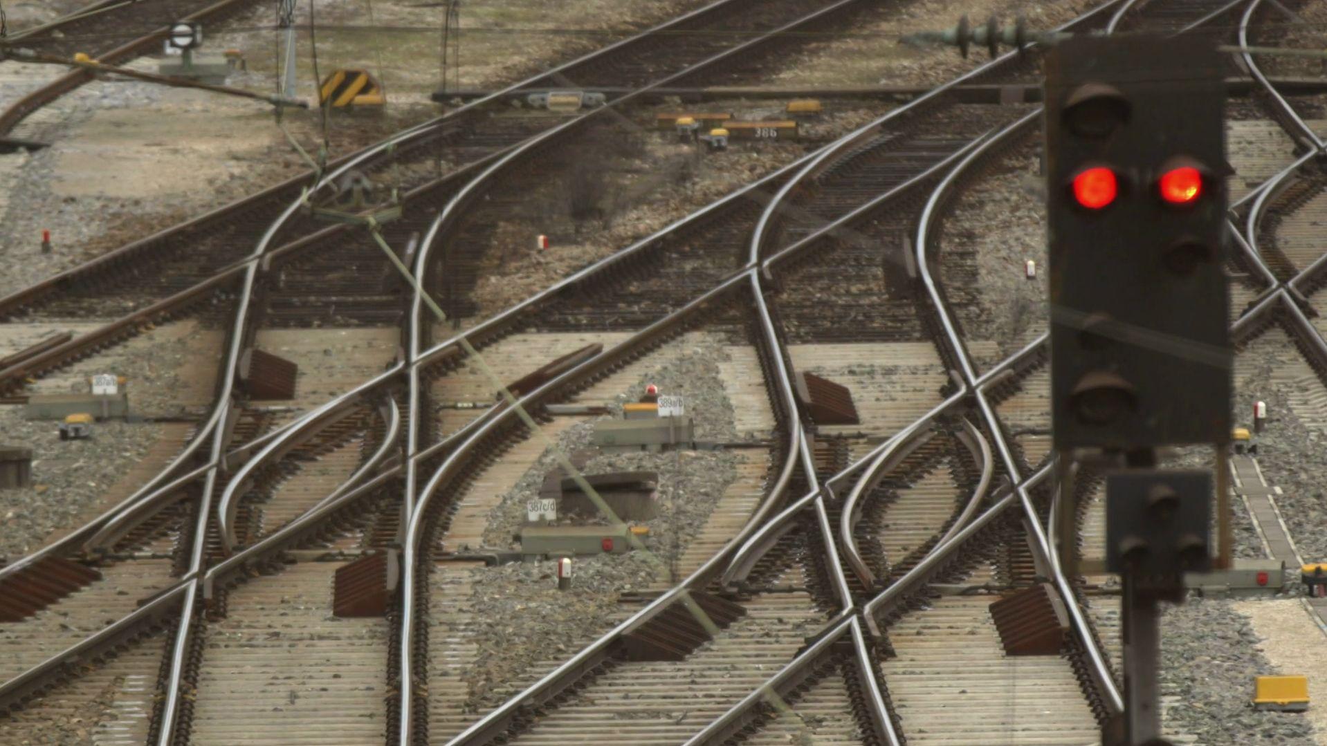 Eisenbahnschienen (Symbolbild)