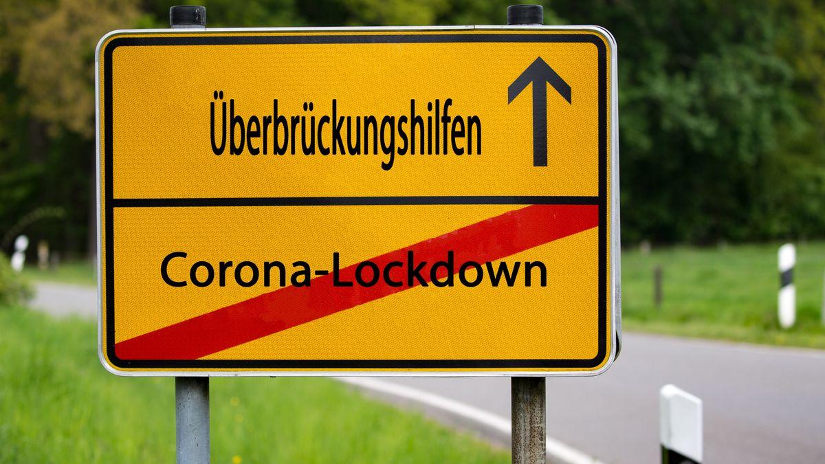 Schild: Überbrückungshilfen
