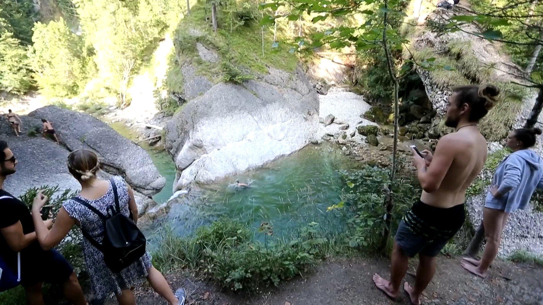 Gumpenspringer an den Buchenegger Wasserfällen im Allgäu