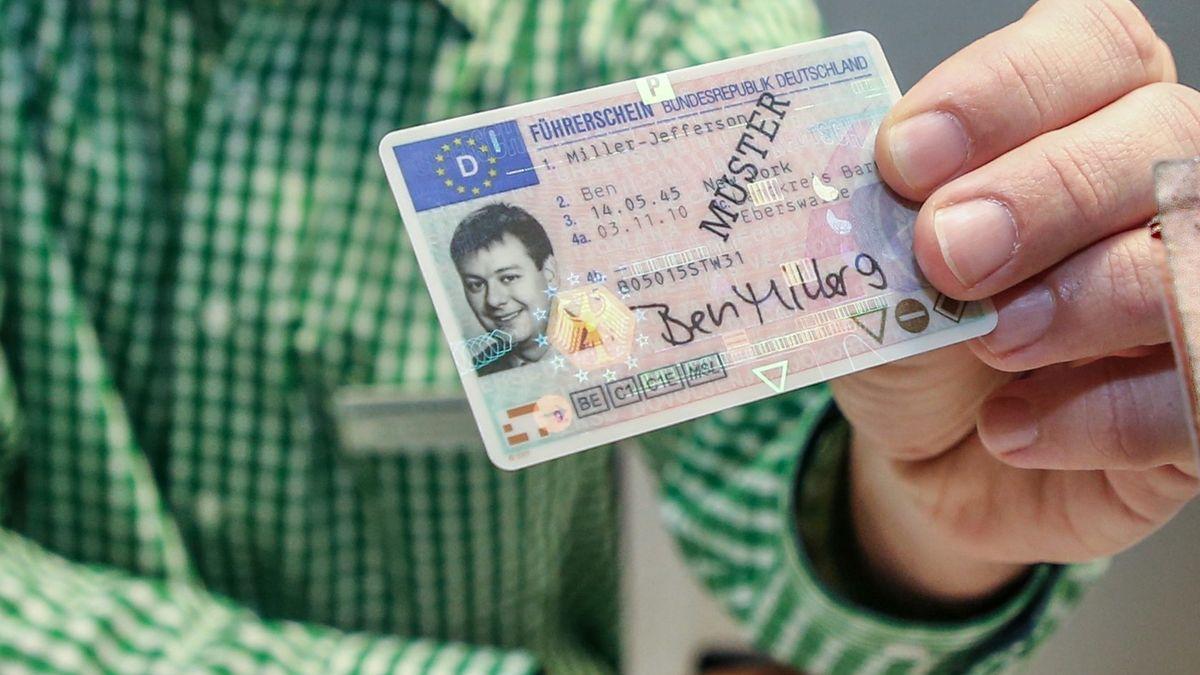 Führerschein (Symbolbild)