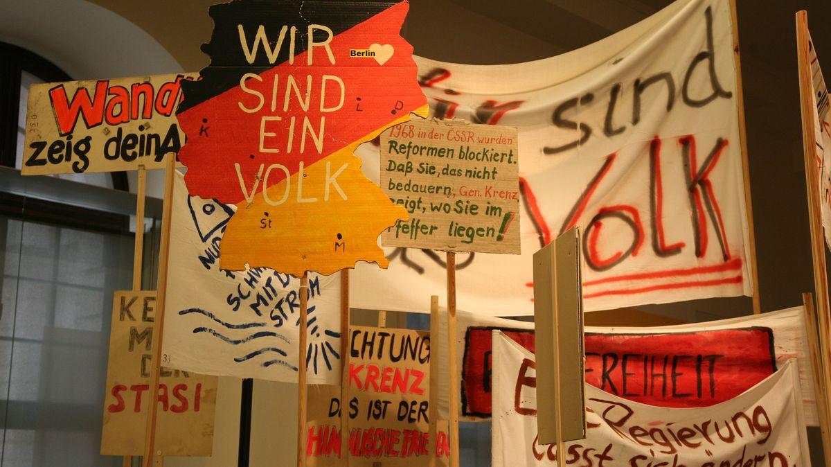 Original-Protestplakate der Jahre 1989/90 im Deutschen Historischen Museum Berlin