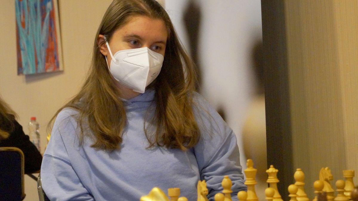 Schachspielerin Jana Schneider.