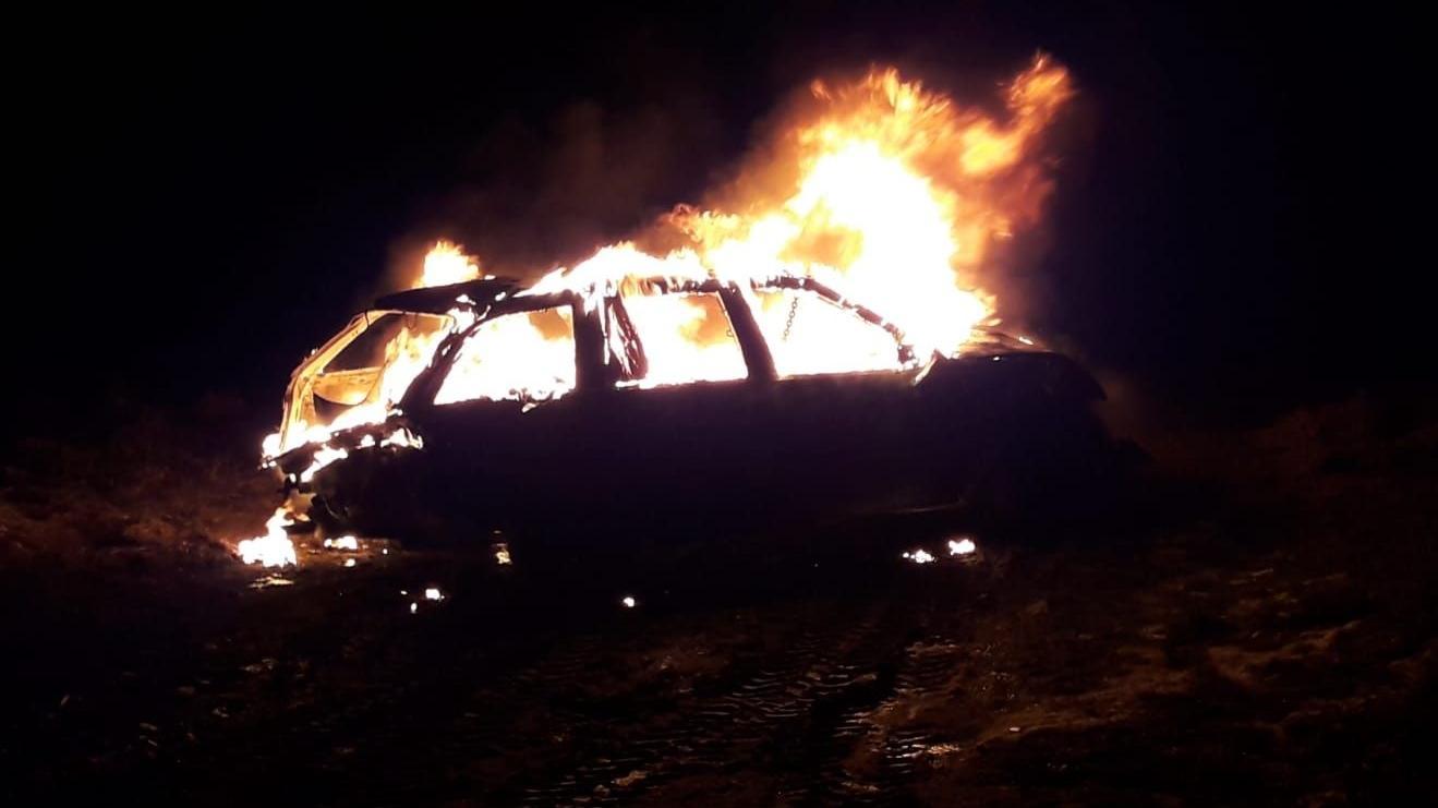 Das brennende Unfallauto