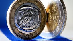 Griechische Euro-Münze  | Bild:dpa-Bildfunk/Oliver Berg