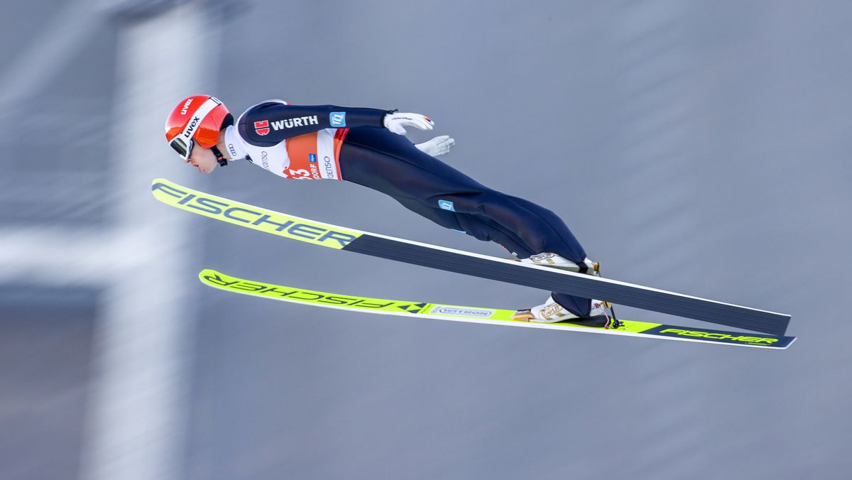 Eric Frenzel bei einem Sprung von der Oberstdorfer Großschanze