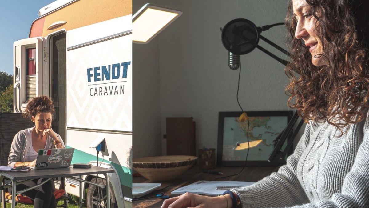 Nele Landero sitzt am Laptop, draußen in der Natur am Wohnwagen und jetzt, in ihrem Arbeitszimmer