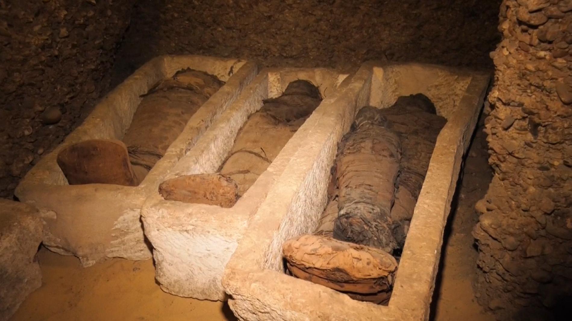 Grabkammer mit 40 Mumien entdeckt