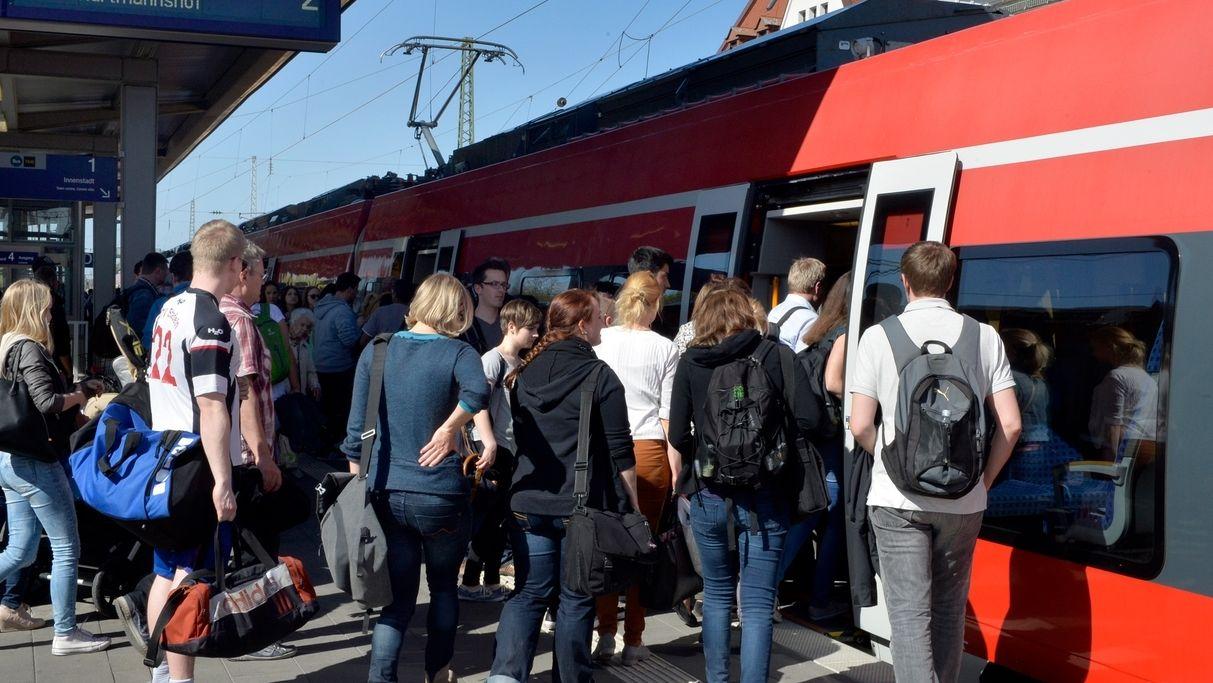 VGN-Bilder 365 Euro Ticket Nürnberg