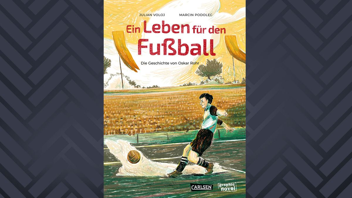 """Titelbild der Graphic Novel """"Ein Leben für den Fußball"""", das Oskar Rohr beim Fußballspielen zeigt"""
