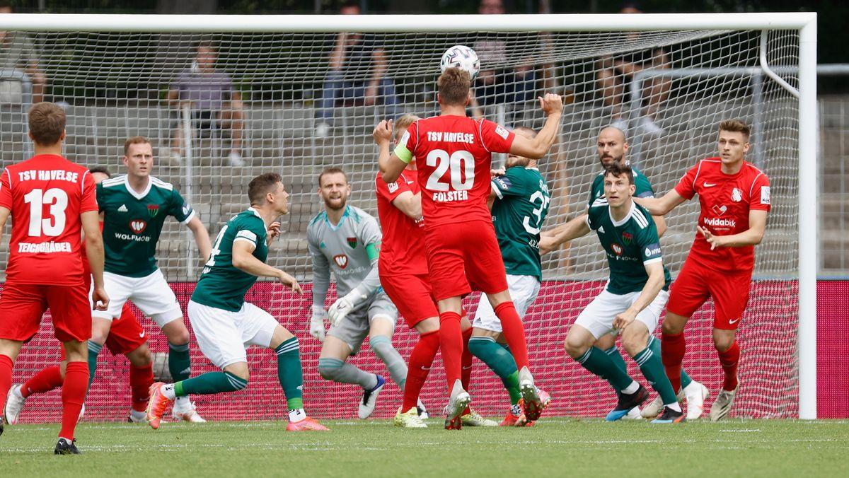 Spielszene 1. FC Schweinfurt 05 - TSV Hvelse