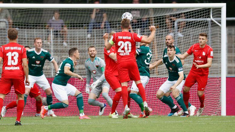 Spielszene 1. FC Schweinfurt 05 - TSV Hvelse | Bild:picture-alliance/dpa