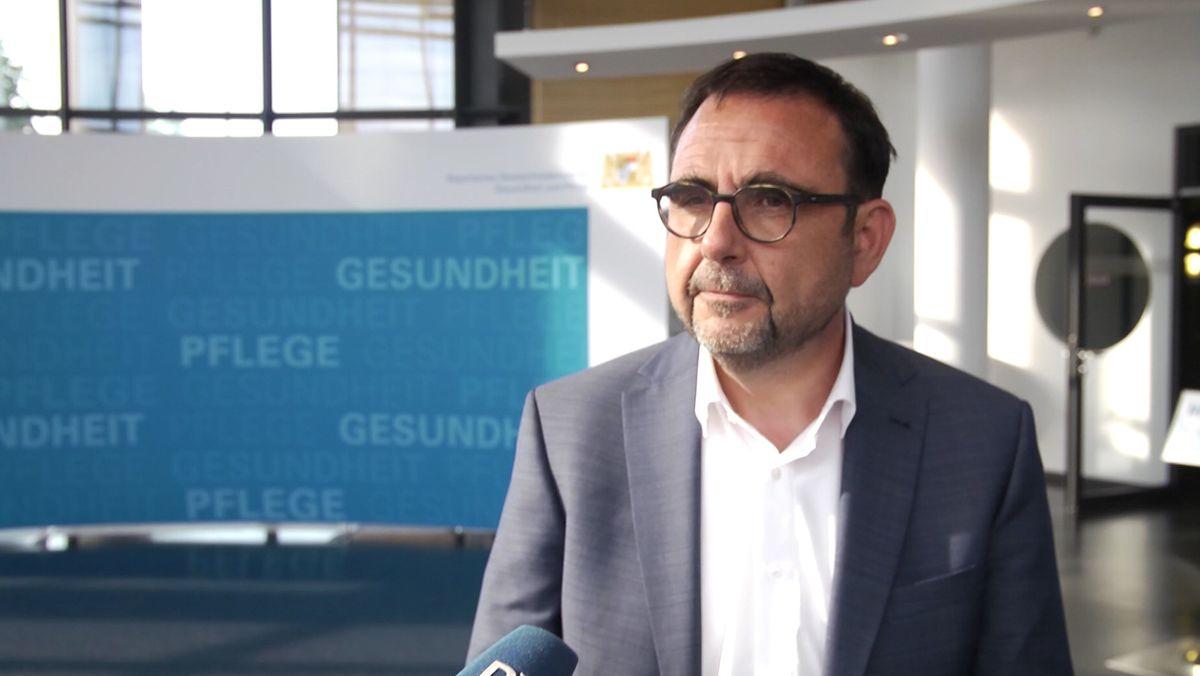 Gesundheitsminister Holetschek
