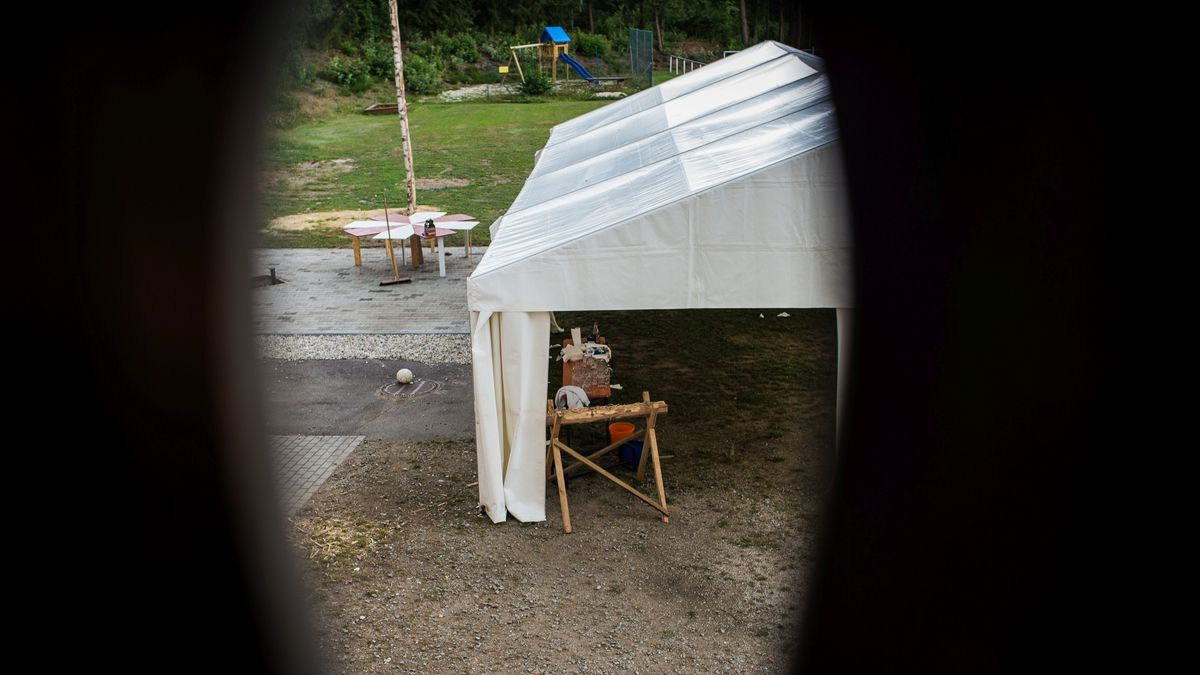 In diesem Zelt in Bodenwöhr hat die Geburtstagfeier stattgefunden.