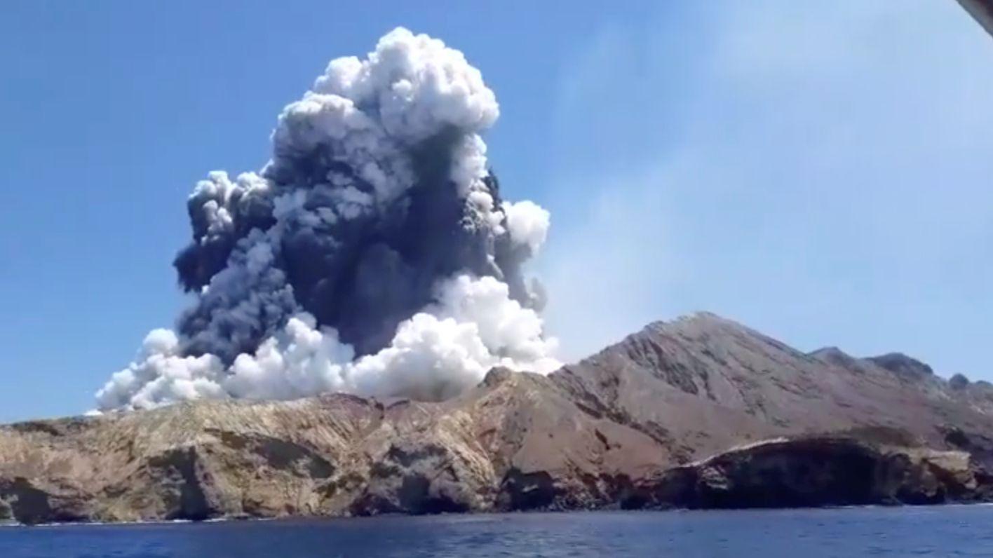 Vulkan auf der neuseeländischen Insel White Island ausgebrochen