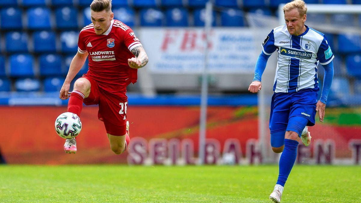 Spielszene: 1. FC Magdeburg - SpVgg Unterhaching