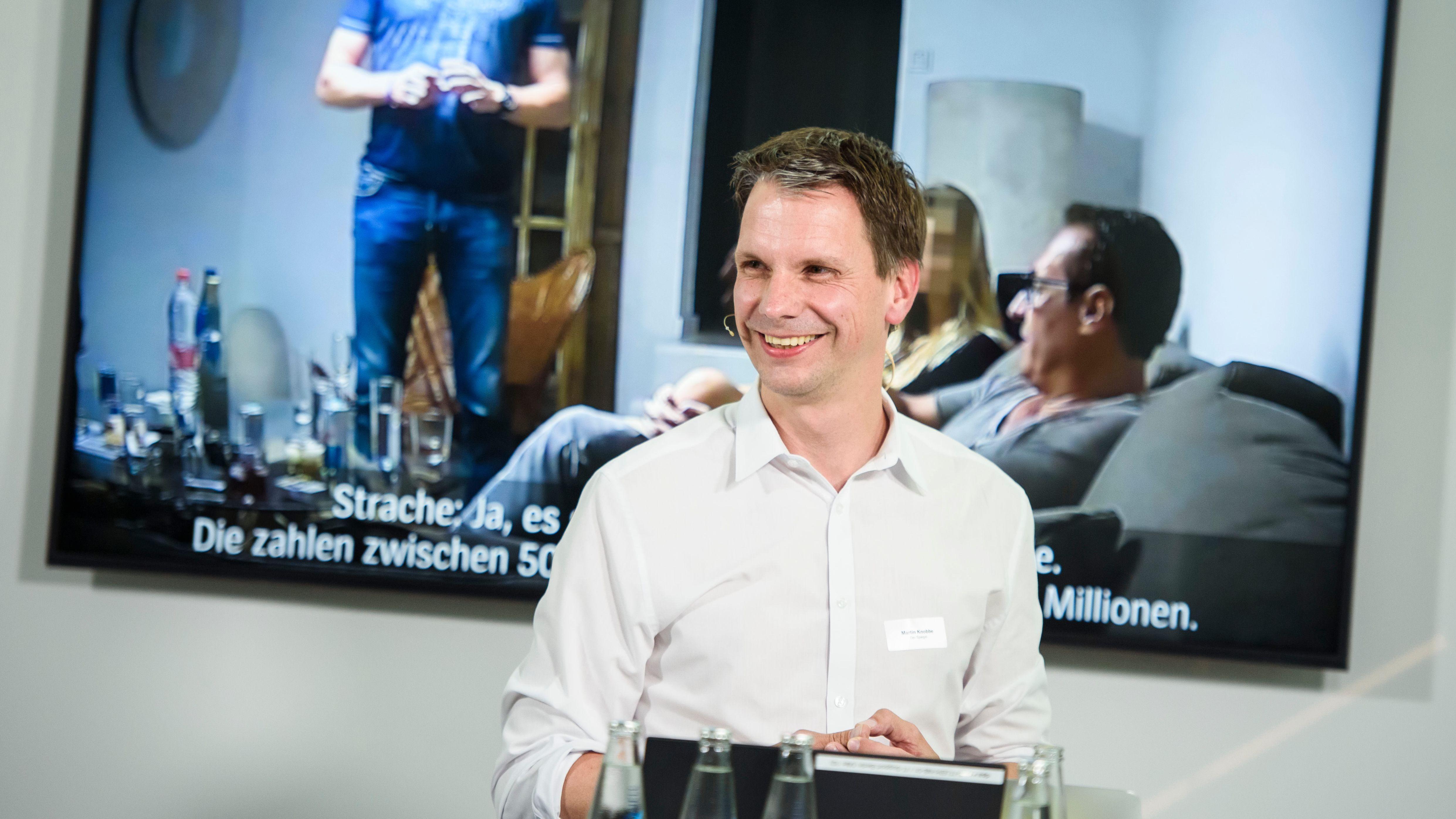 Martin Knobbe, Redakteur beim Spiegel, erläutert die Verifikation des Strache-Ibiza-Videos.