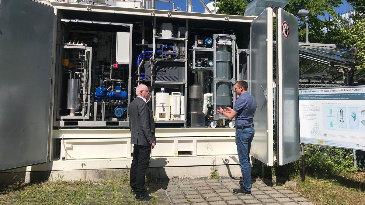 Ein Wasserstoffspeicher am Fraunhofer Institut in Erlangen.