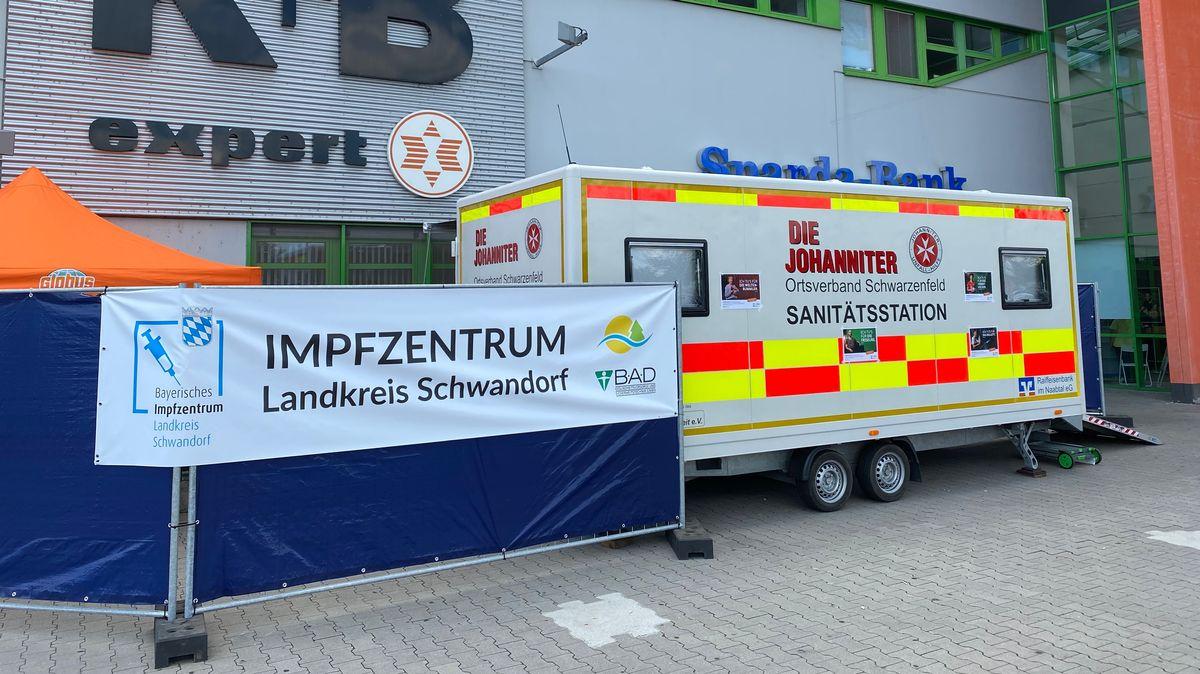Das mobile Impfzentrum in Schwandorf
