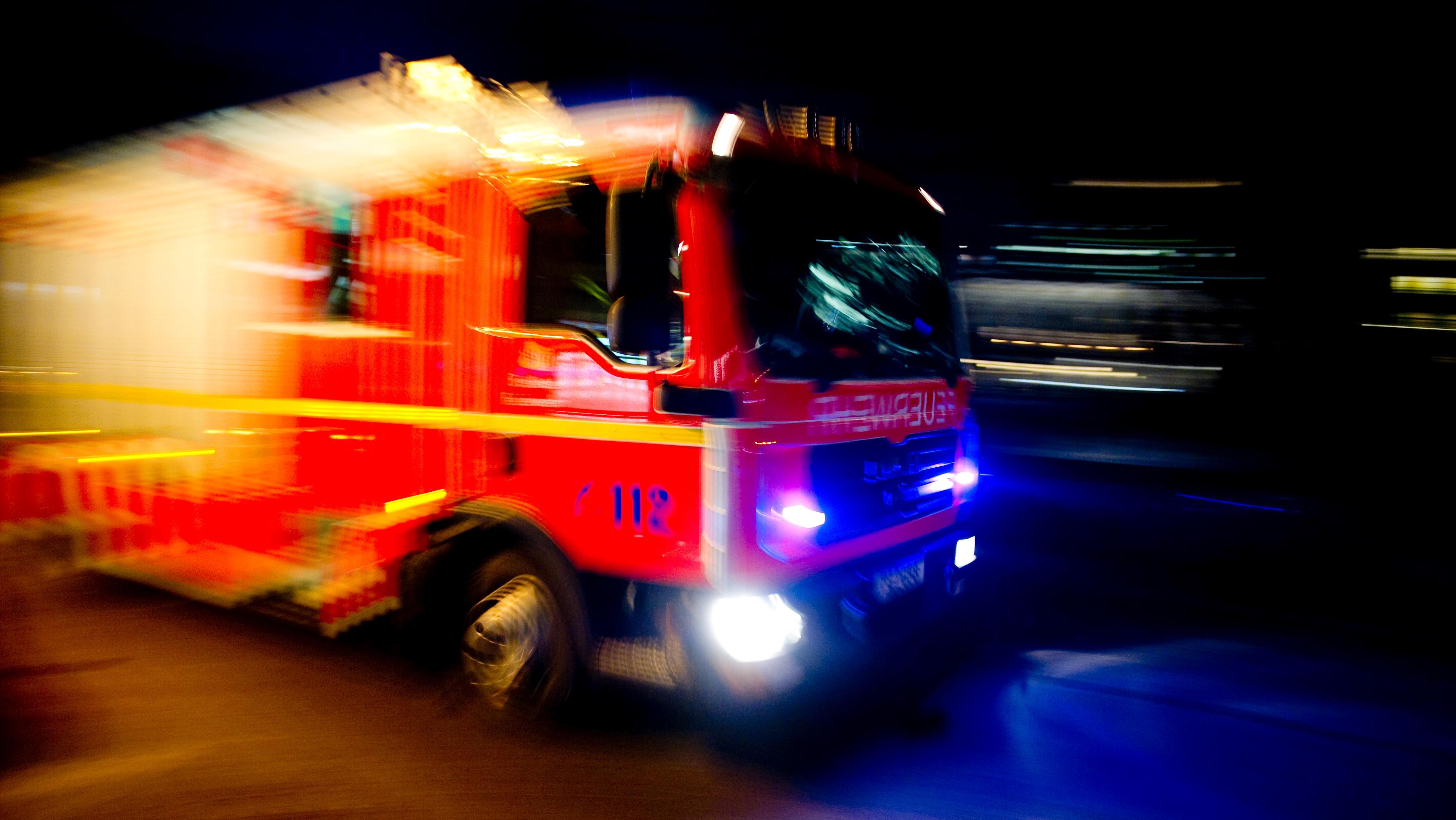 Feuerwehr-Löschfahrzeug (Symbolbild)