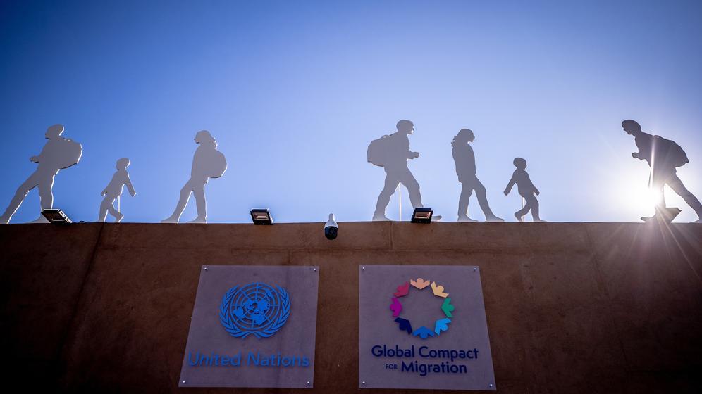 Ist der UN-Flüchtlingspakt unumstritten? | Bild:picture alliance/Michael Kappeler/dpa