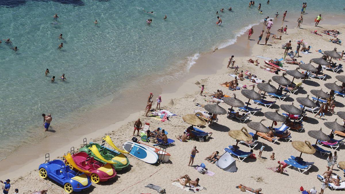 Die große Mehrheit der Touristen hält sich an die Einschränkungen.
