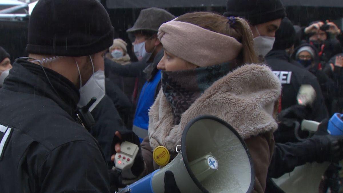 Polizei löst Demo von Corona-Gegnern auf