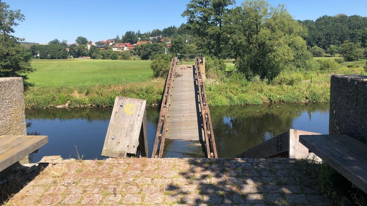 Eingestürzte Regenbrücke in Cham