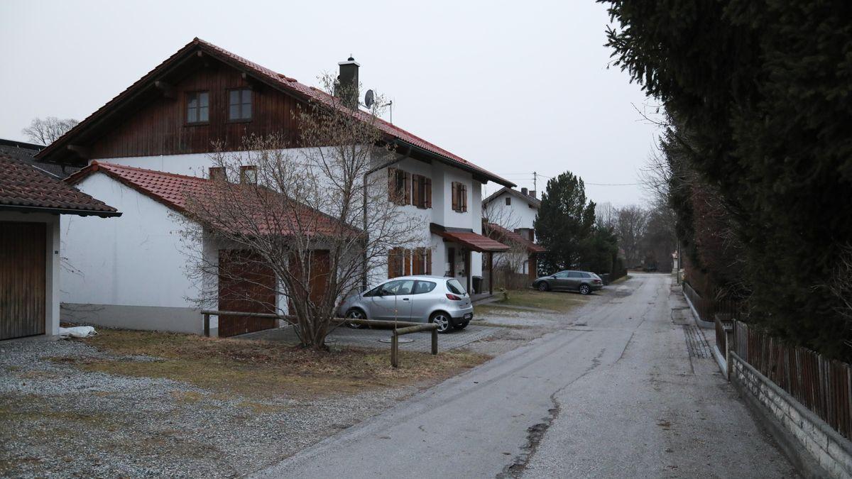 In einem Mehrfamilienhaus in Eberfing wurde am Freitagabend eine Frau getötet.