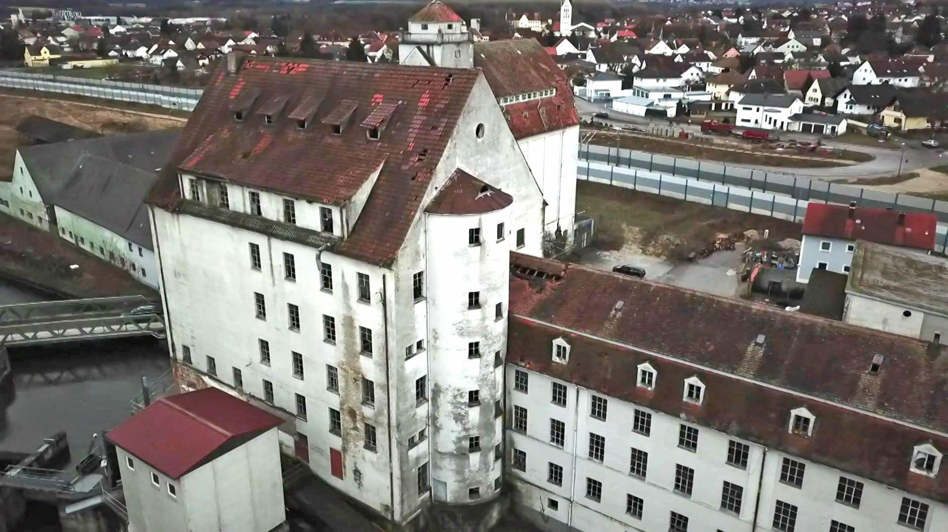 Das verfallende Industriedenkmal Stockaumühle in Reichertshofen