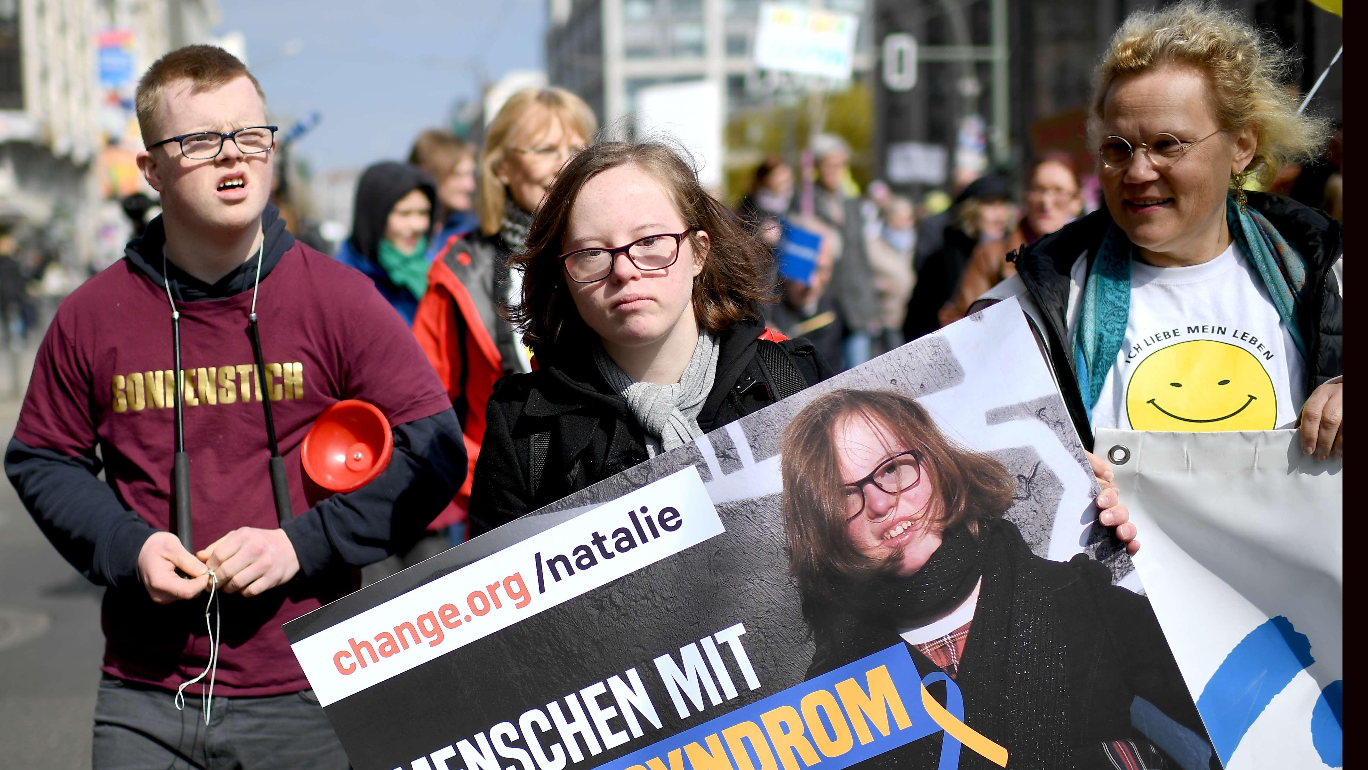 Demonstartion gegen Bluttests für Down-Syndrom