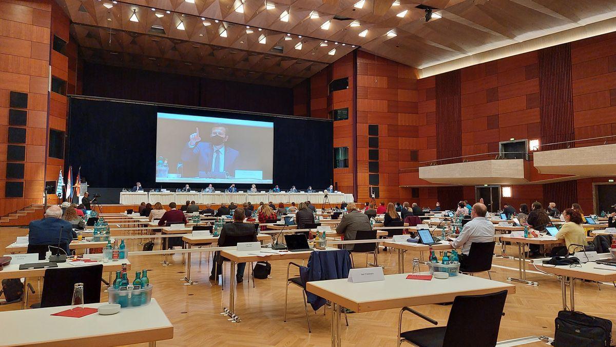 Stadtratssitzung in der Nürnberger Meistersingerhalle