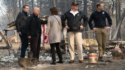 US-Präsident besucht die von Bränden völlig zerstörte Stadt Paradise in Nordkalifornien | Bild:pa/dpa/Paul Kitagaki Jr